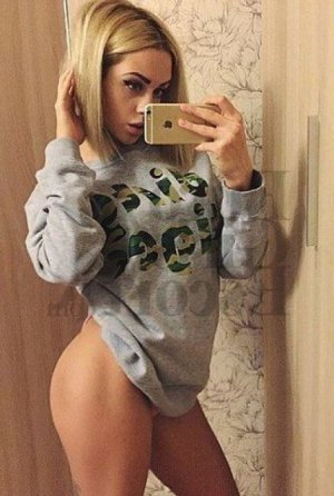 Segolaine ebony escort girls in Temecula