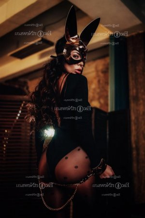 Federica escort in Linton Hall VA
