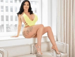 Jasmina ebony escorts