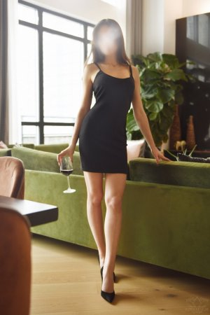 Eudora ebony escort girl in Long Branch New Jersey